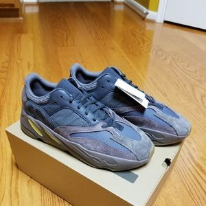 f6b522f6b Yeezy Shoes - YEEZYs Dad Sneakers 💯 Authentic